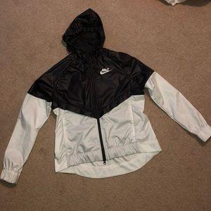 Womens Nike Windbreaker
